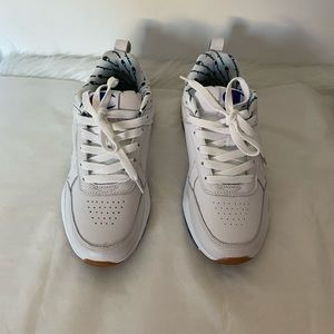Champions men shoes white